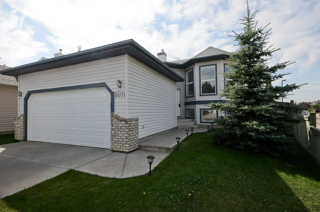 Main Photo: 2071 BRENNAN Crescent in Edmonton: Zone 58 House for sale : MLS® # E4075827