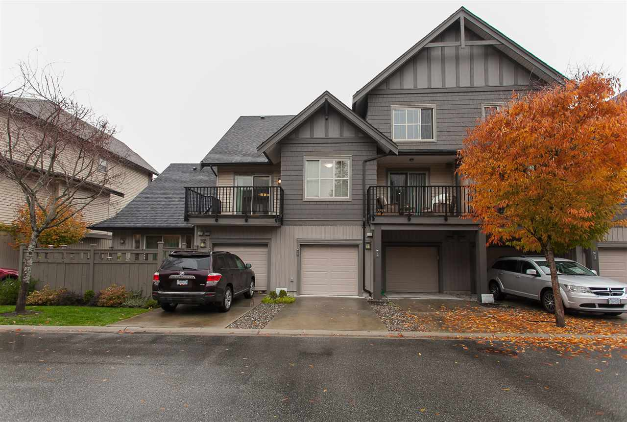 "Photo 16: Photos: 15 9525 204 Street in Langley: Walnut Grove Townhouse for sale in ""The Time"" : MLS® # R2217984"