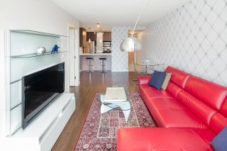 "Main Photo: 310 977 MAINLAND Street in Vancouver: Yaletown Condo for sale in ""YALETOWN PARK III"" (Vancouver West)  : MLS® # R2241322"