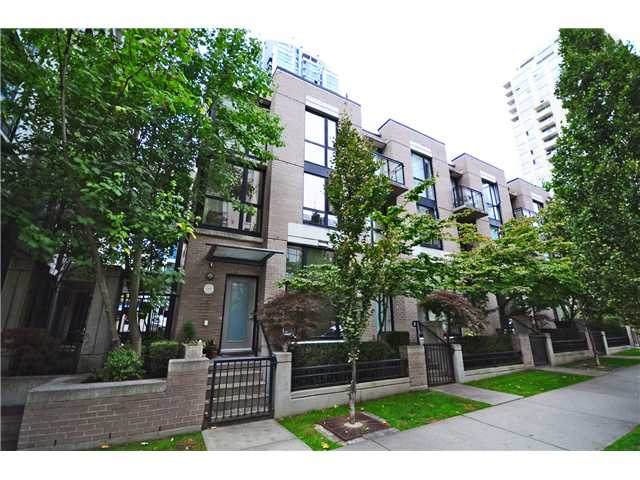 "Main Photo: 1271 RICHARDS ST in Vancouver: Downtown VW Townhouse for sale in ""Oscar"" (Vancouver West)  : MLS®# V1030105"