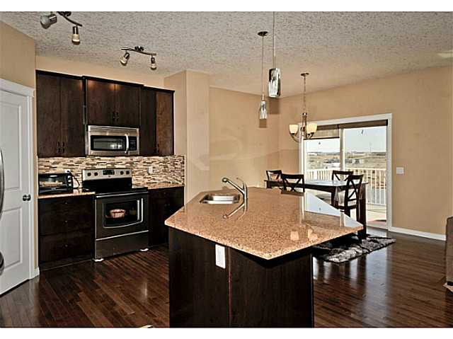 Photo 11: 126 MORNINGSIDE Circle SW: Airdrie Residential Detached Single Family for sale : MLS(r) # C3613730