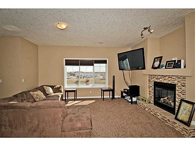 Photo 7: 126 MORNINGSIDE Circle SW: Airdrie Residential Detached Single Family for sale : MLS(r) # C3613730