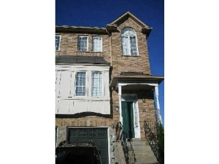 Main Photo: 35 165 Fieldstone Avenue in Vaughan: East Woodbridge Condo for lease : MLS®# N3045772