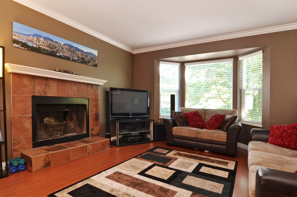"Photo 3: 21559 95TH Avenue in Langley: Walnut Grove House for sale in ""Walnut Grove"" : MLS® # F1425521"