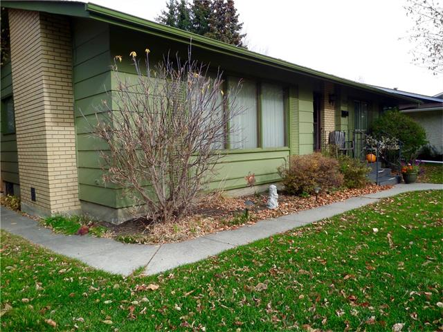 Photo 3: 1039 LAKE WAPTA Way SE in Calgary: Lake Bonavista House for sale : MLS(r) # C4037311