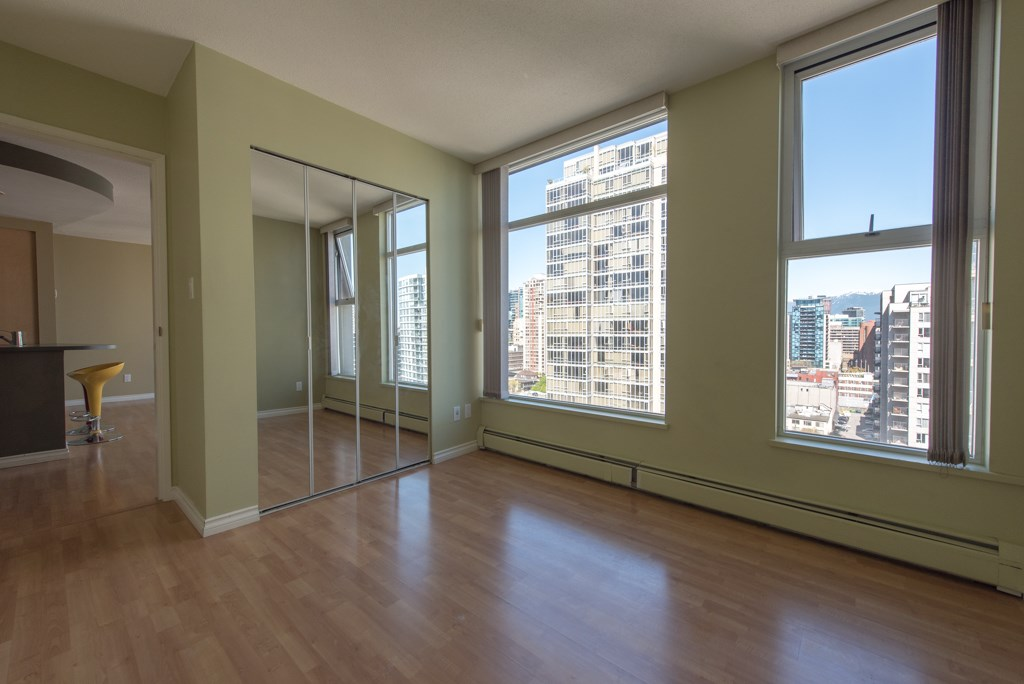 "Photo 9: 2203 1008 CAMBIE Street in Vancouver: Yaletown Condo for sale in ""WATERWORKS"" (Vancouver West)  : MLS(r) # R2054315"