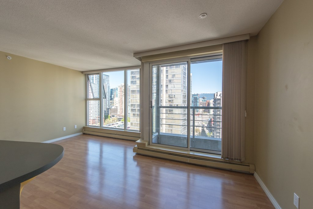 "Photo 8: 2203 1008 CAMBIE Street in Vancouver: Yaletown Condo for sale in ""WATERWORKS"" (Vancouver West)  : MLS(r) # R2054315"