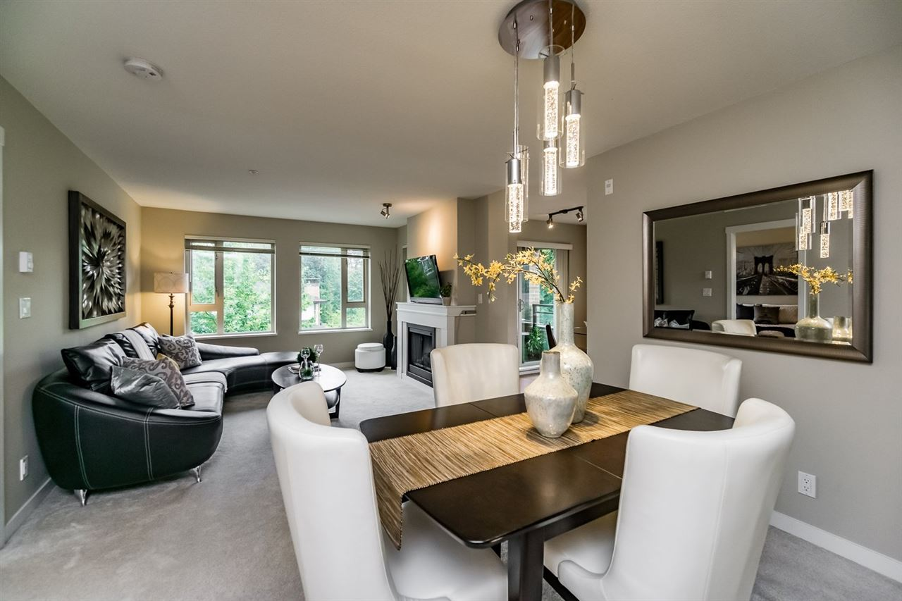 "Main Photo: 303 3105 LINCOLN Avenue in Coquitlam: New Horizons Condo for sale in ""LARKIN HOUSE BY POLYGON"" : MLS®# R2099811"