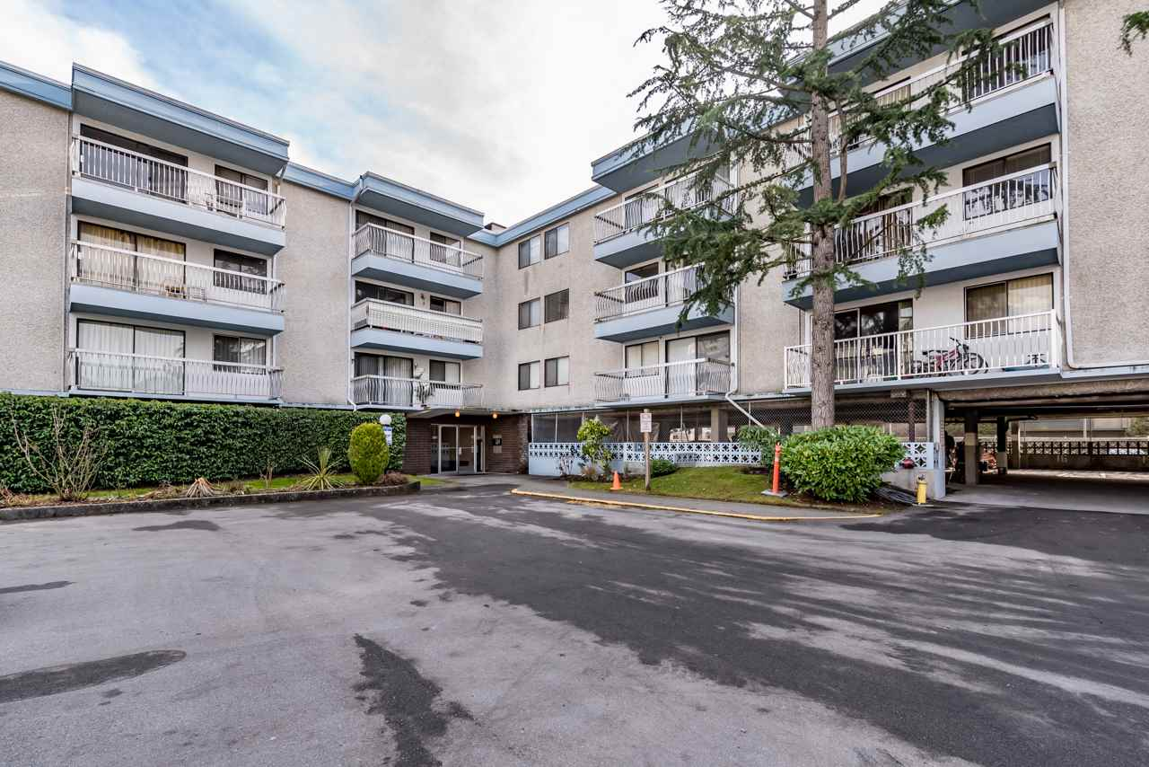 Main Photo: 203 6420 BUSWELL Street in Richmond: Brighouse Condo for sale : MLS(r) # R2137140