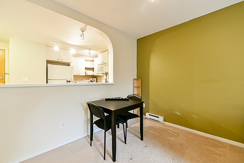 "Photo 6: 307 6833 VILLAGE GREEN in Burnaby: Highgate Condo for sale in ""CARMEL"" (Burnaby South)  : MLS(r) # R2146245"
