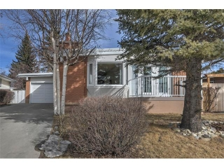Main Photo: 5312 37 Street SW in Calgary: Lakeview House for sale : MLS(r) # C4107241