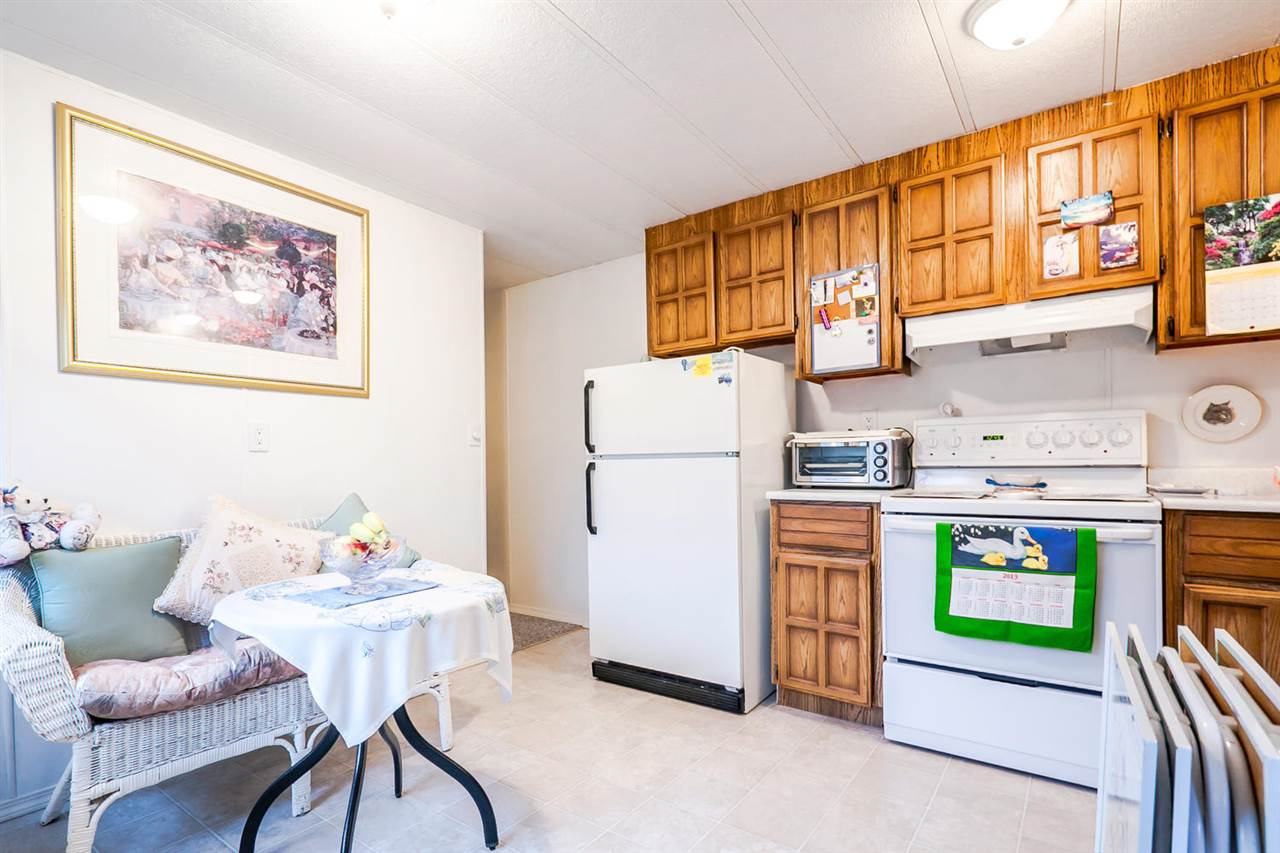 "Photo 8: 2176 CUMBRIA Drive in Surrey: King George Corridor Manufactured Home for sale in ""Cranley Place"" (South Surrey White Rock)  : MLS® # R2150263"
