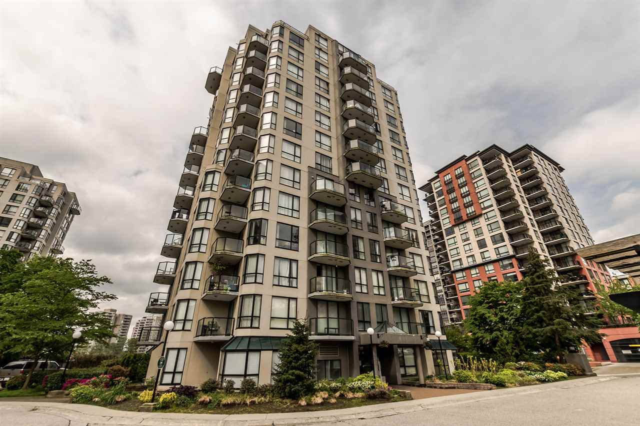 "Main Photo: 708 838 AGNES Street in New Westminster: Downtown NW Condo for sale in ""WESTMINSTER TOWERS"" : MLS(r) # R2167389"