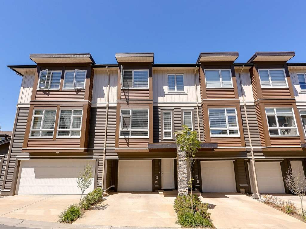 Main Photo: 61 5888 144 Street in Surrey: Sullivan Station Townhouse for sale : MLS(r) # R2167122