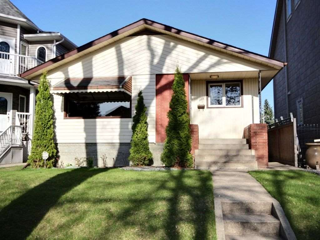 Main Photo:  in Edmonton: Zone 09 House for sale : MLS® # E4065697