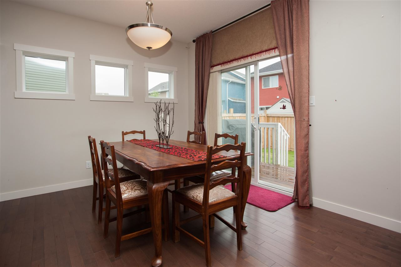 Photo 7: 2509 Sparrow Court in Edmonton: Zone 59 House for sale : MLS(r) # E4067493