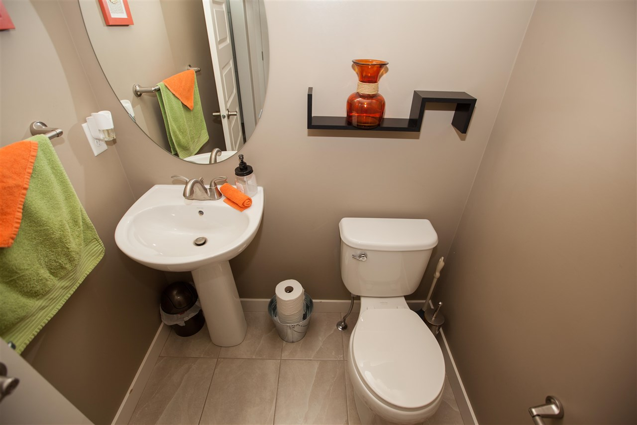 Photo 10: 2509 Sparrow Court in Edmonton: Zone 59 House for sale : MLS(r) # E4067493