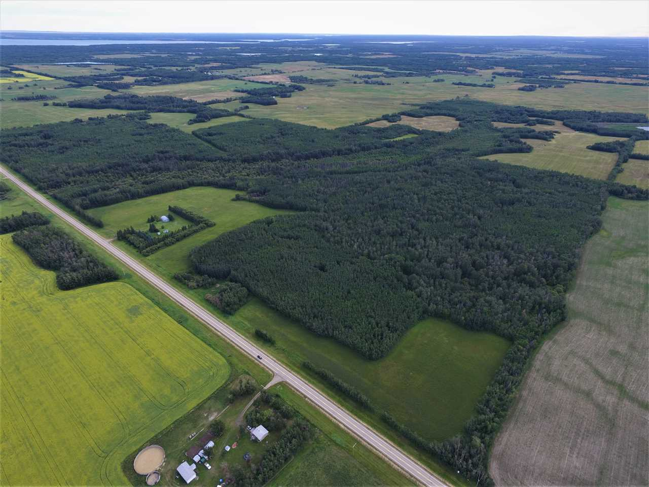 Main Photo: 56020 HWY 33: Rural Lac Ste. Anne County Rural Land/Vacant Lot for sale : MLS® # E4071827