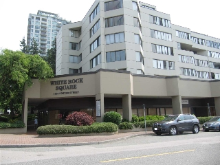 "Main Photo: 204 1480 FOSTER Street: White Rock Condo for sale in ""WHITE ROCK SQUARE 1"" (South Surrey White Rock)  : MLS® # R2196229"