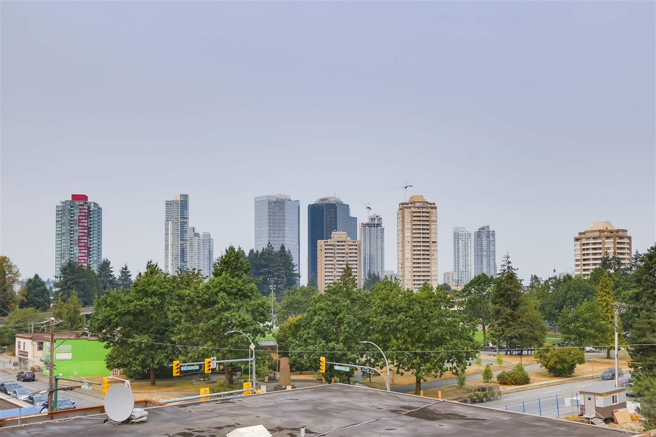 "Photo 13: 405 6875 DUNBLANE Avenue in Burnaby: Metrotown Condo for sale in ""Subora Living"" (Burnaby South)  : MLS® # R2205359"