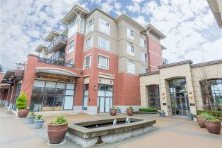 "Main Photo: 304 2970 KING GEORGE Boulevard in Surrey: King George Corridor Condo for sale in ""WATERMARK"" (South Surrey White Rock)  : MLS® # R2226024"