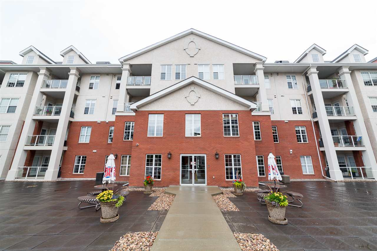 Main Photo: 203 45 INGLEWOOD Drive: St. Albert Condo for sale : MLS®# E4095408