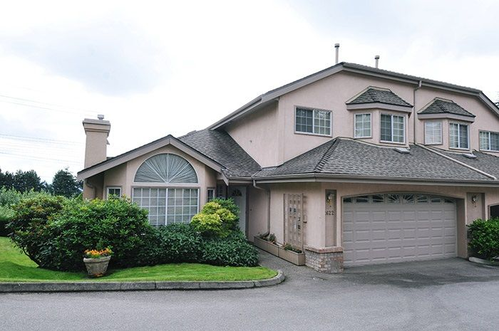"Main Photo: 2622 CRAWLEY Avenue in Coquitlam: Coquitlam East Townhouse for sale in ""SOUTHVIEW ESTATES"" : MLS®# R2237997"