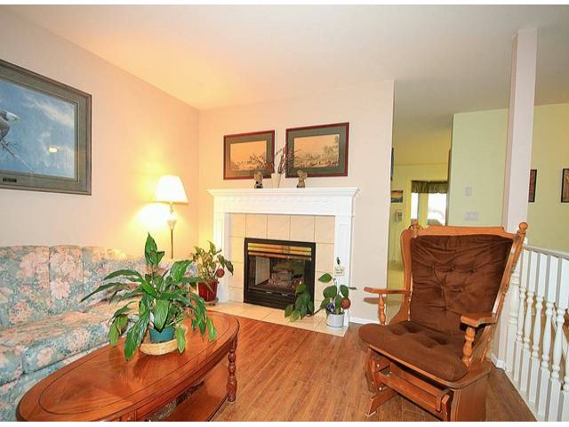 Photo 3: 11845 97A AV in Surrey: Royal Heights House for sale (North Surrey)  : MLS® # F1313082