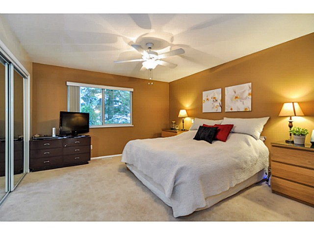 Photo 4: 22802 127TH Avenue in Maple Ridge: East Central House for sale : MLS(r) # V1048412