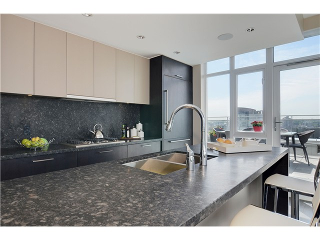"Photo 11: 4001 1372 SEYMOUR Street in Vancouver: Downtown VW Condo for sale in ""THE MARK"" (Vancouver West)  : MLS® # V1071762"