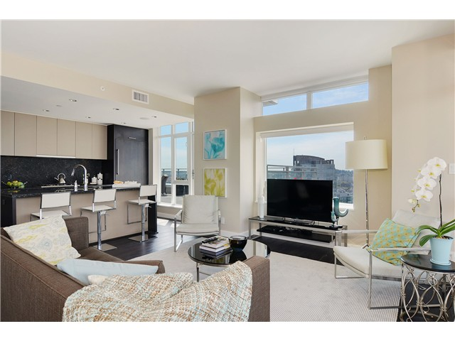 "Photo 9: 4001 1372 SEYMOUR Street in Vancouver: Downtown VW Condo for sale in ""THE MARK"" (Vancouver West)  : MLS® # V1071762"