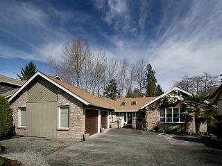Main Photo: 5677 TIMBERVALLEY Road in Tsawwassen: Tsawwassen East House for sale : MLS(r) # V1111333