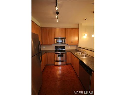 Photo 5: 404C 1115 Craigflower Road in VICTORIA: Es Gorge Vale Condo Apartment for sale (Esquimalt)  : MLS(r) # 350031