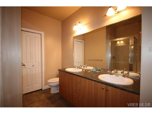 Photo 10: 404C 1115 Craigflower Road in VICTORIA: Es Gorge Vale Condo Apartment for sale (Esquimalt)  : MLS(r) # 350031