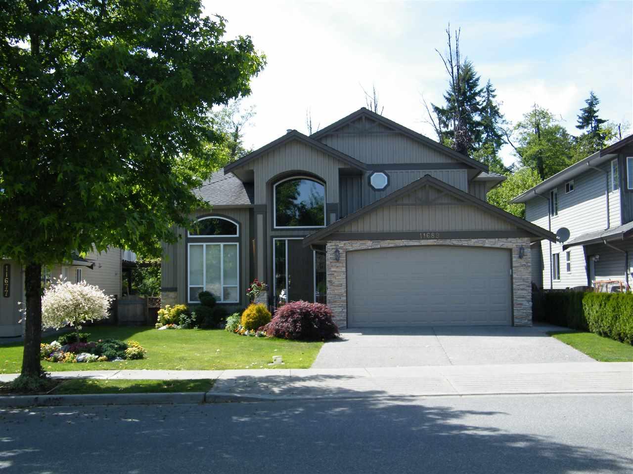 11689 Creekside Street In Maple Ridge Cottonwood Mr House