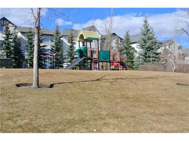 Photo 29: 78 SPRINGBOROUGH Point(e) SW in Calgary: Springbank Hill House for sale : MLS® # C4053120