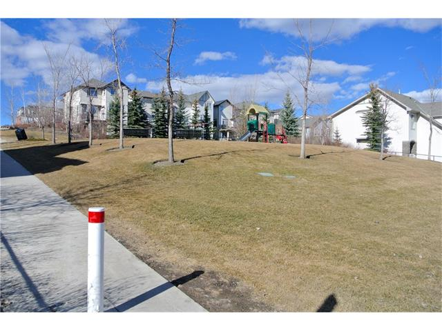 Photo 28: 78 SPRINGBOROUGH Point(e) SW in Calgary: Springbank Hill House for sale : MLS® # C4053120