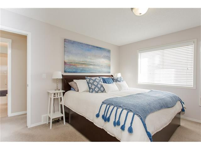 Photo 14: 78 SPRINGBOROUGH Point(e) SW in Calgary: Springbank Hill House for sale : MLS® # C4053120