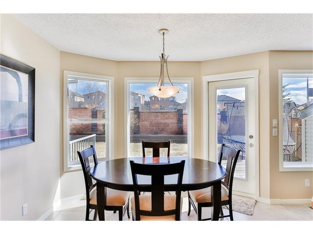 Photo 11: 78 SPRINGBOROUGH Point(e) SW in Calgary: Springbank Hill House for sale : MLS® # C4053120