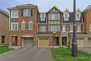 Main Photo: 9 Lanternlight Lane in Brampton: Northwest Brampton House (3-Storey) for sale : MLS(r) # W3495833