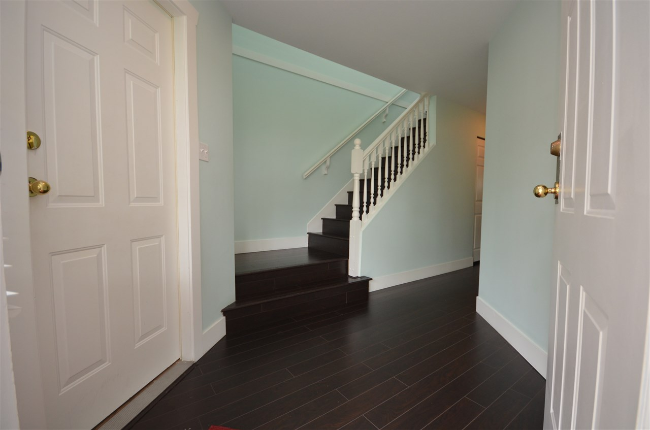 Photo 3: 102 3080 TOWNLINE Road in Abbotsford: Abbotsford West Townhouse for sale : MLS® # R2073376