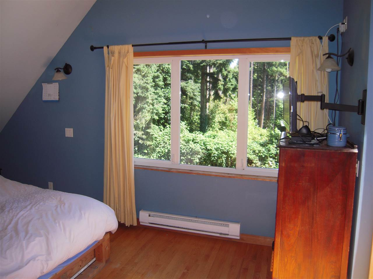 Photo 15: Photos: 2670 LOWER Road: Roberts Creek House for sale (Sunshine Coast)  : MLS®# R2096275