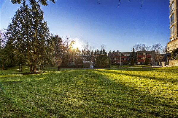 "Photo 4: 2102 9280 SALISH Court in Burnaby: Sullivan Heights Condo for sale in ""EDGEWOOD PLACE"" (Burnaby North)  : MLS(r) # R2099847"