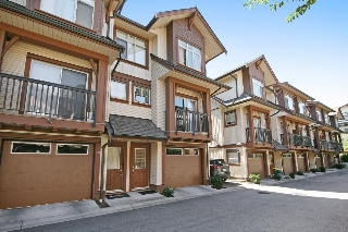 "Main Photo: 20 19478 65 Avenue in Surrey: Clayton Townhouse for sale in ""Sunset Grove"" (Cloverdale)  : MLS(r) # R2102085"