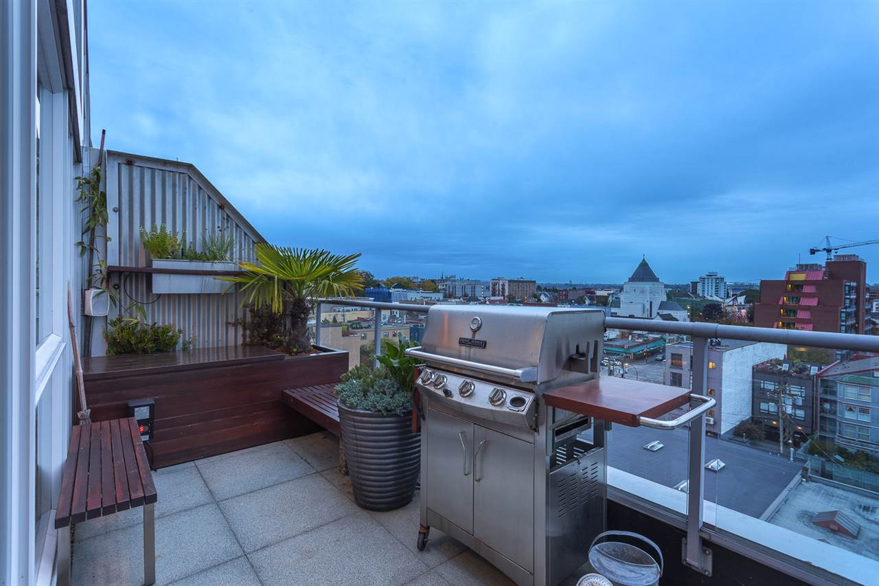 "Photo 8: 1002 289 ALEXANDER Street in Vancouver: Hastings Condo for sale in ""THE EDGE"" (Vancouver East)  : MLS® # R2109889"