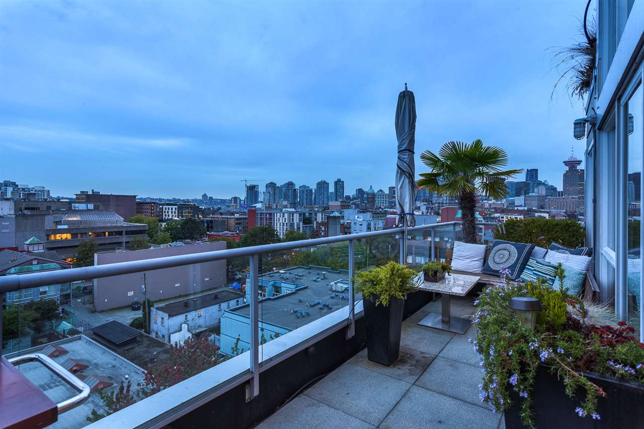"Photo 9: 1002 289 ALEXANDER Street in Vancouver: Hastings Condo for sale in ""THE EDGE"" (Vancouver East)  : MLS® # R2109889"