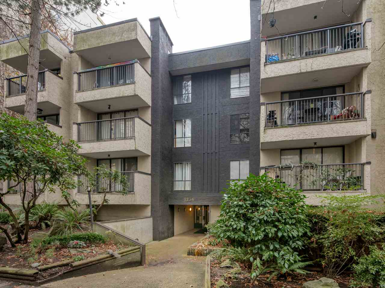 "Photo 18: 404 1234 PENDRELL Street in Vancouver: West End VW Condo for sale in ""The Pendrell"" (Vancouver West)  : MLS(r) # R2126547"