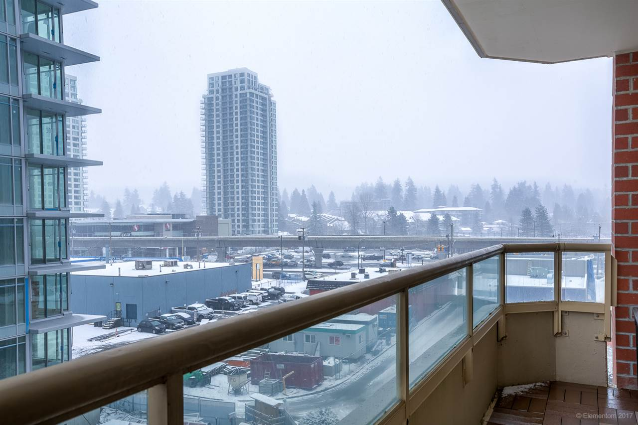 Photo 13: 802 738 FARROW Street in Coquitlam: Coquitlam West Condo for sale : MLS® # R2137039