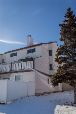 Main Photo: 139 LANCASTER Terrace in Edmonton: Zone 27 Townhouse for sale : MLS(r) # E4052877