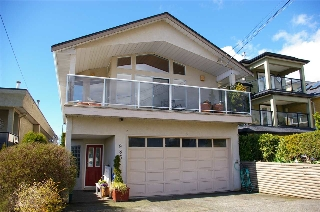 "Main Photo: 985 KEIL Street: White Rock House for sale in ""White Rock East Hillside"" (South Surrey White Rock)  : MLS(r) # R2170325"